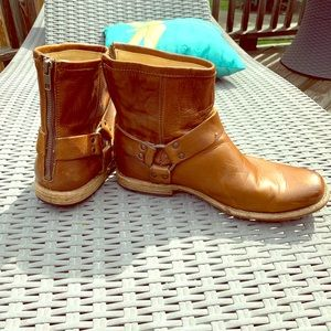Frye John Addison Harness back zip Boots
